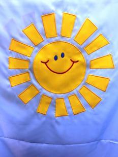 Haft komputerowy słońca z aplikacją