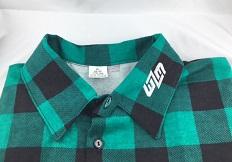 Koszula robocza w kratke z haftem na kołnierzyku